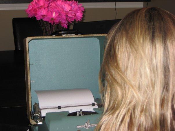 ashley-blonde-magazine-typewriter